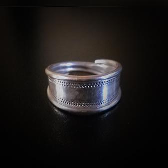 Baltiški papuošalai. Sidabrinis žiedas - Jauneikių.