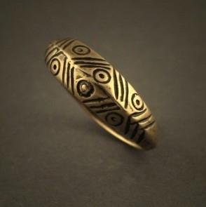 Papuošalai. Baltiškas žalvarinis žiedas XXXIII