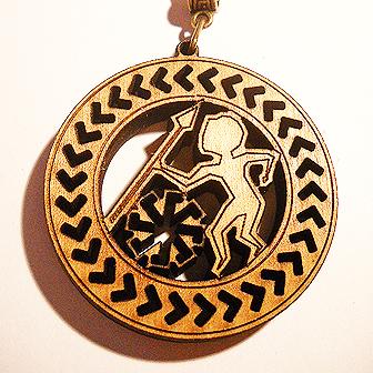 Papuošalai. Medinis kabutis Lietuviškas horoskopas - vietoje šaulio - Ietininkas (storesnis masyvas)-0