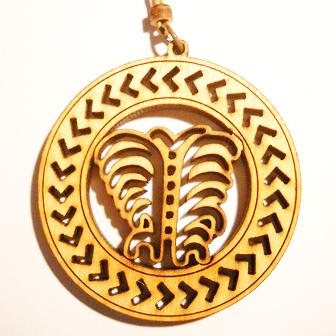 Papuošalai. Medinis kabutis Lietuviškas horoskopas - vietoje avino - auksinis Avikailis