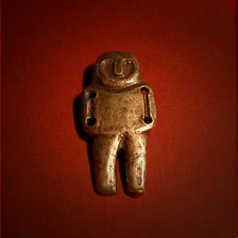 Baltiški papuošalai. Žalvarinė segė - Neolito amuletas.