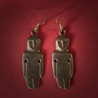 Baltiški papuošalai. Žalvariniai auskarai - Amuletai.