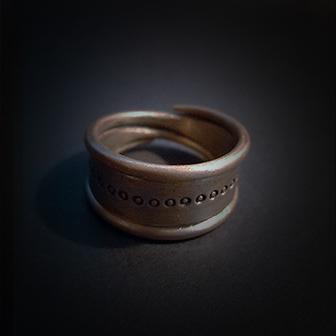 Baltiški papuošalai. Žalvarinis žiedas VIII.