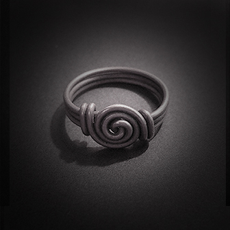 Baltiški papuošalai. Sidabrinis žiedas I.