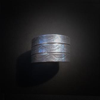 Baltiški papuošalai. Sidabrinis įvijinis žiedas II.