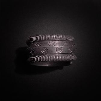 Baltiški papuošalai. Sidabrinis žiedas XVII.